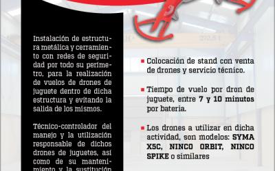 VUELO DE DRONES DE JUGUETE EN ESTRUCTURA METALICA CON RED DE SEGURIDAD